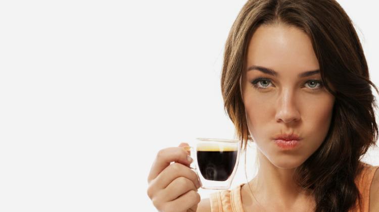 angry-coffee-drinker-woman-750