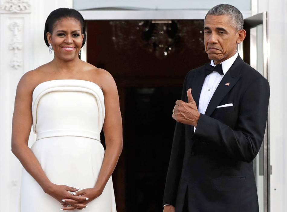 rs_1024x759-160802183906-1024.Barack-Obama-Michelle-Obama-Thumbs-Up.ms.080216